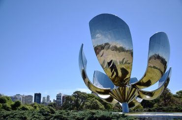 Floralis Generica Buenos Aires place to visit